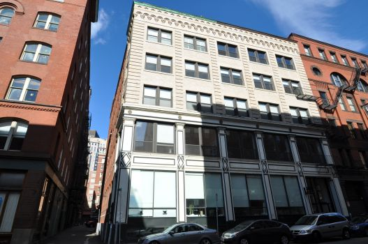 Click for Otello Lofts - Boston  slideshow