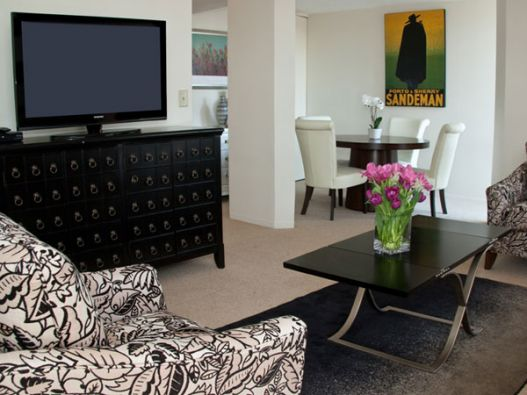 Click for Copley Square Apartments slideshow